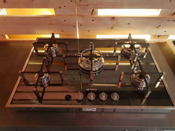 Smeg Kühlschrank Kaufen Schweiz : Smeg pvs d ausstellungsstück einbau gaskochfeld cm