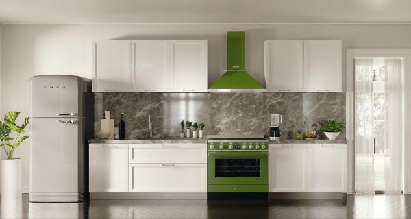 Smeg Kühlschrank Anschlag Wechseln : Smeg fab retro design kühlschrank im er look alle farben a